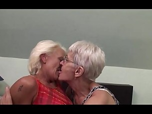 lesbians,mature,hairy,mommy,granny