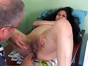 latin,milfs,wife,mommy,housewife